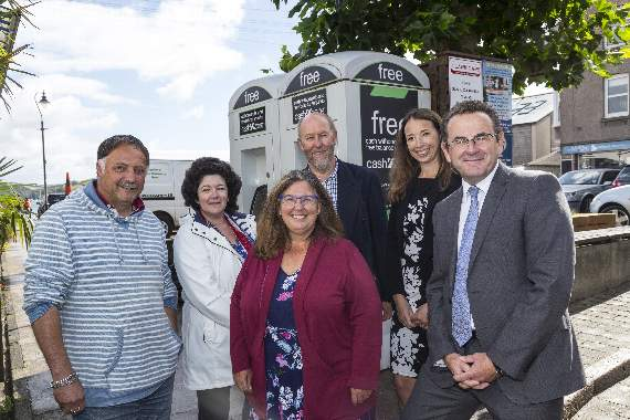 Cash machine installed in Salcombe following the loss of Lloyds bank.